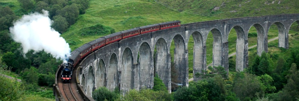 Jacobite train aka the harry potter train over the Glenfinnan viaduct
